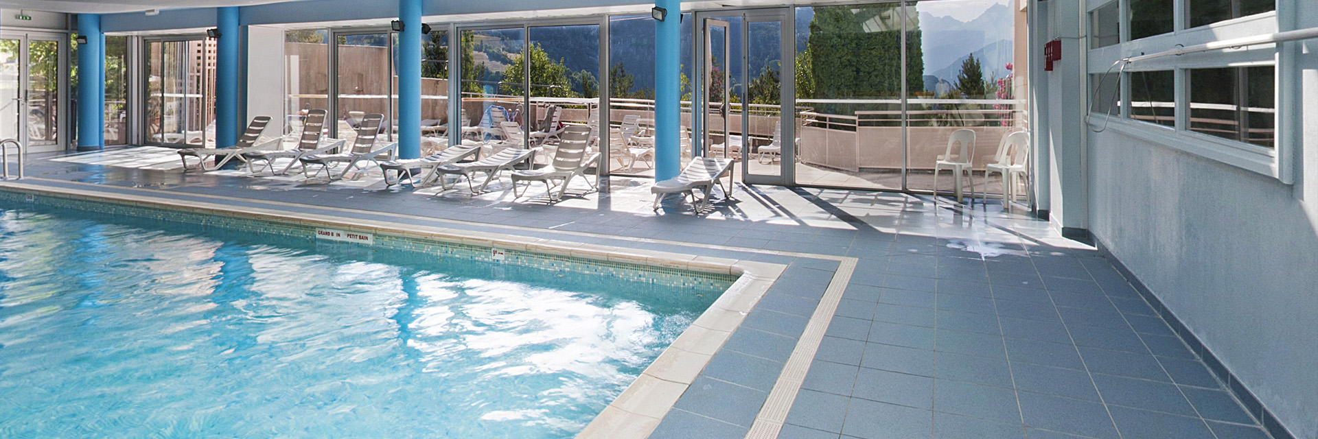 Village_club_vacances_alpes-de-haute-provence_lou Riouclar_piscine (2)