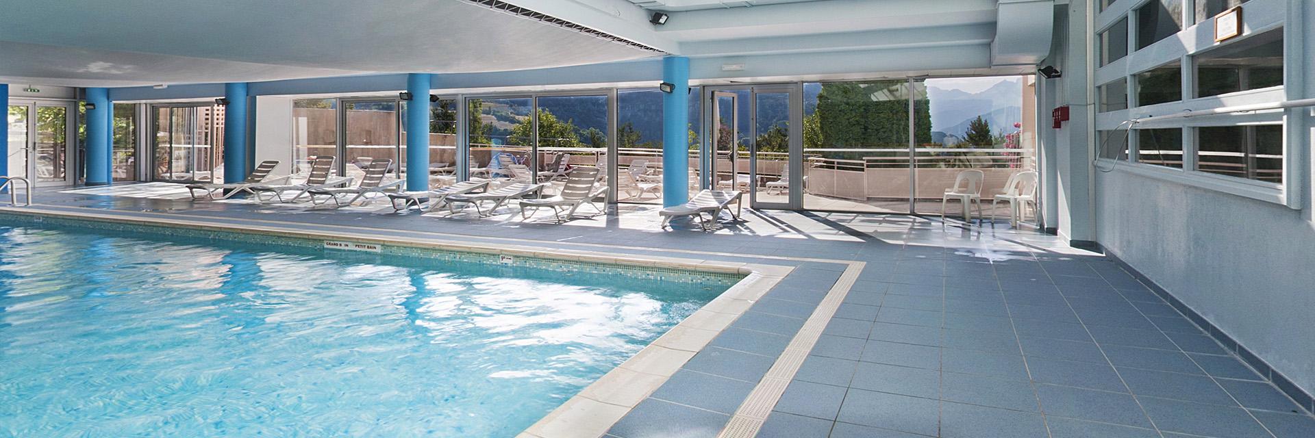 Village_club_vacances_alpes-de-haute-provence_lou Riouclar_piscine