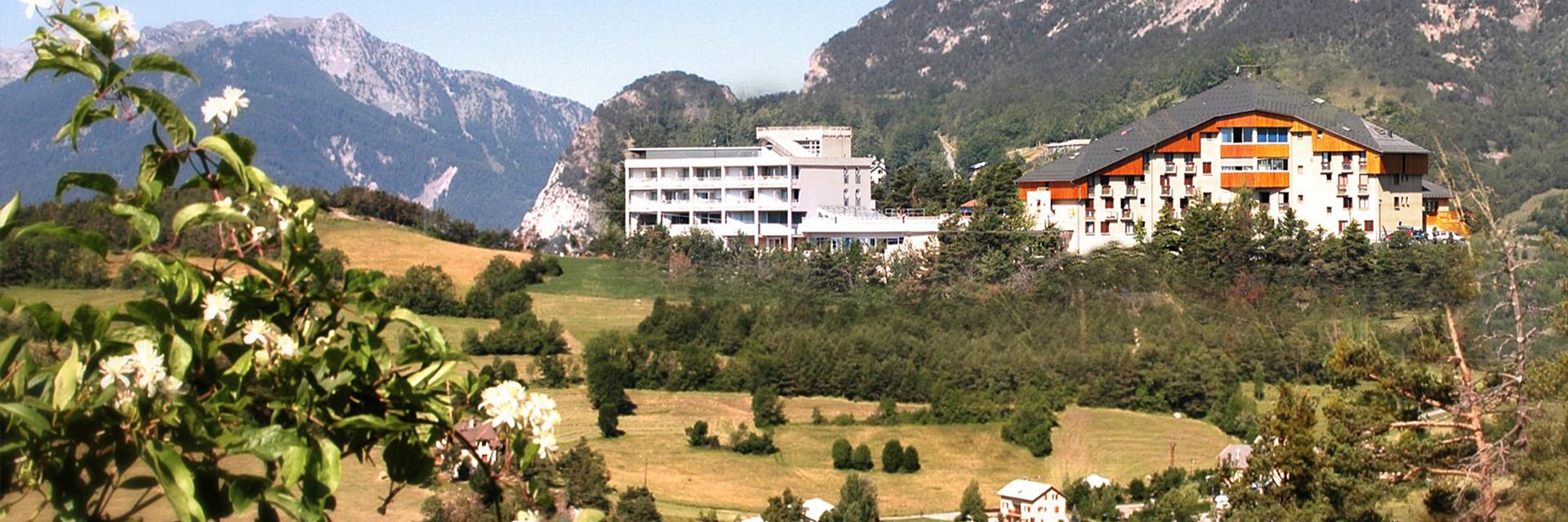 Village_club_vacances_alpes-de-haute-provence_lou Riouclar_village-vue
