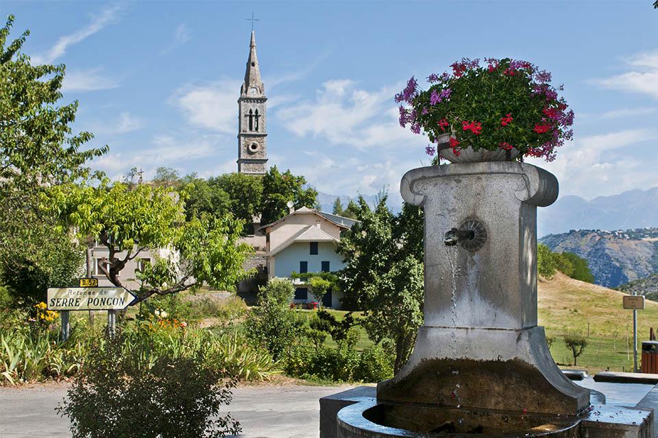 Village_club_vacances_alpes-de-haute-provence_rechastel_village-la-bréole