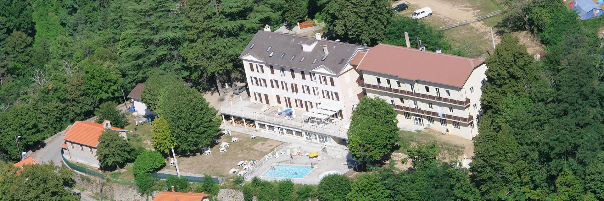 Village_club_vacances_alpes-de-haute-provence_semeuse_village