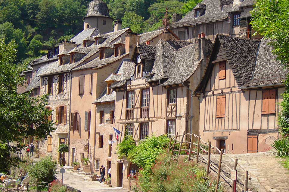 Village_club_vacances_aveyron-cantal-ardèche-chataigneraie-saint-jacques-de-compostelle