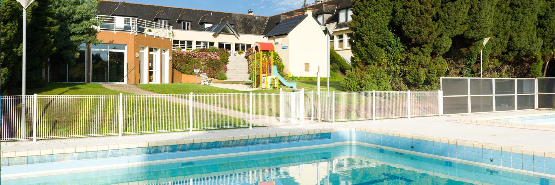 Village_club_vacances_bretagne-sud-ker-beuz-piscine