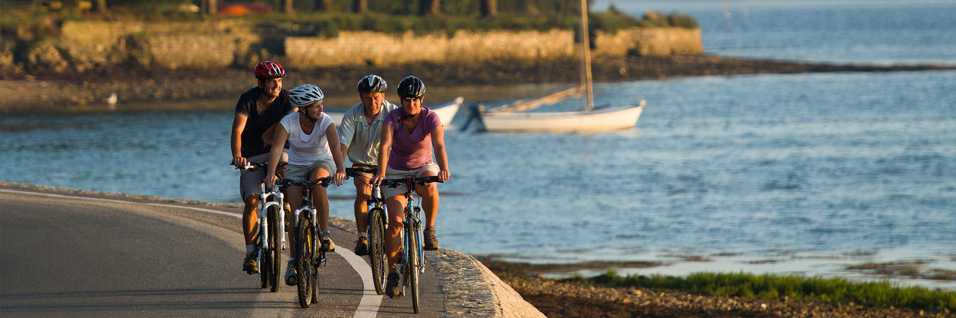 Village_club_vacances_bretagne-sud-la-pierre-bleue-rando-plage