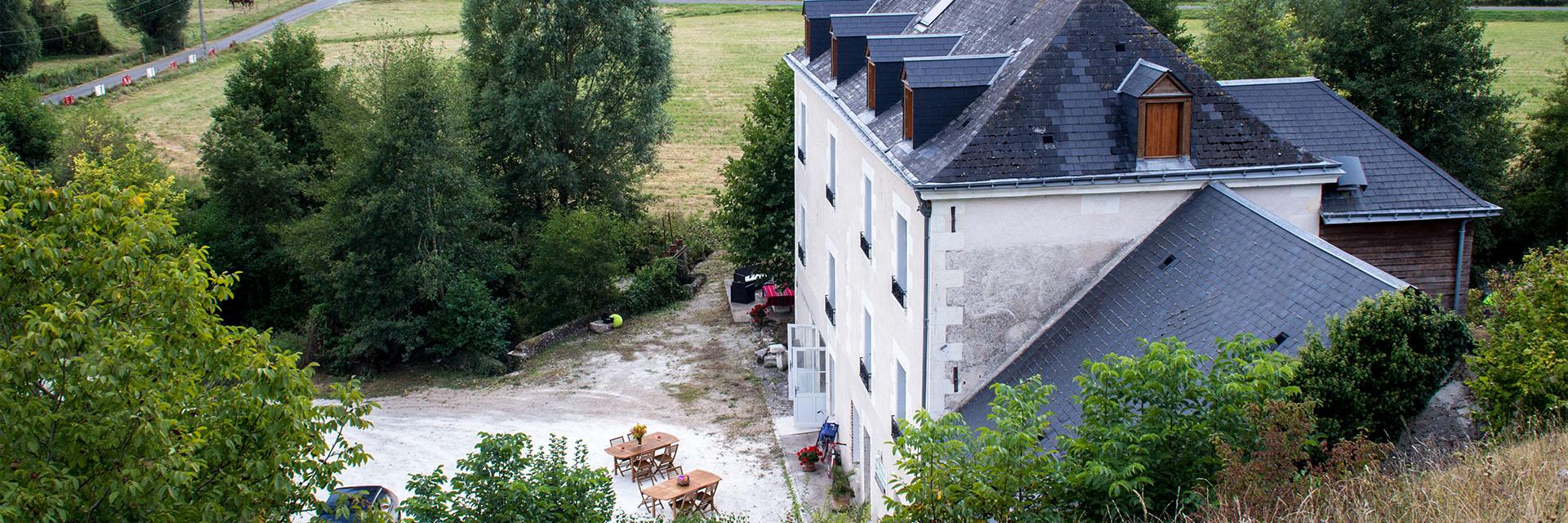 Village_club_vacances_centre-loire-et-bourgogne-la-saulaie-exterier-maison