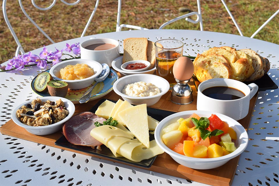 Village_club_vacances_charente-et-landes-arc-en-ciel-oleron-petit-dejeuner