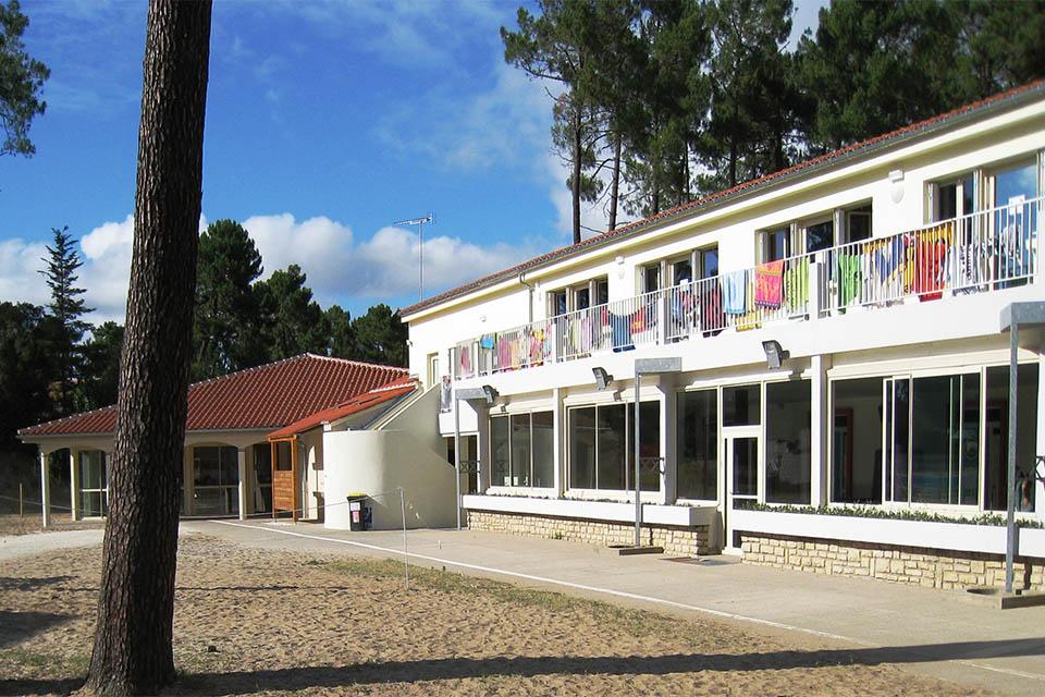 Village_club_vacances_charente-et-landes-les-buissonnets-hebergement