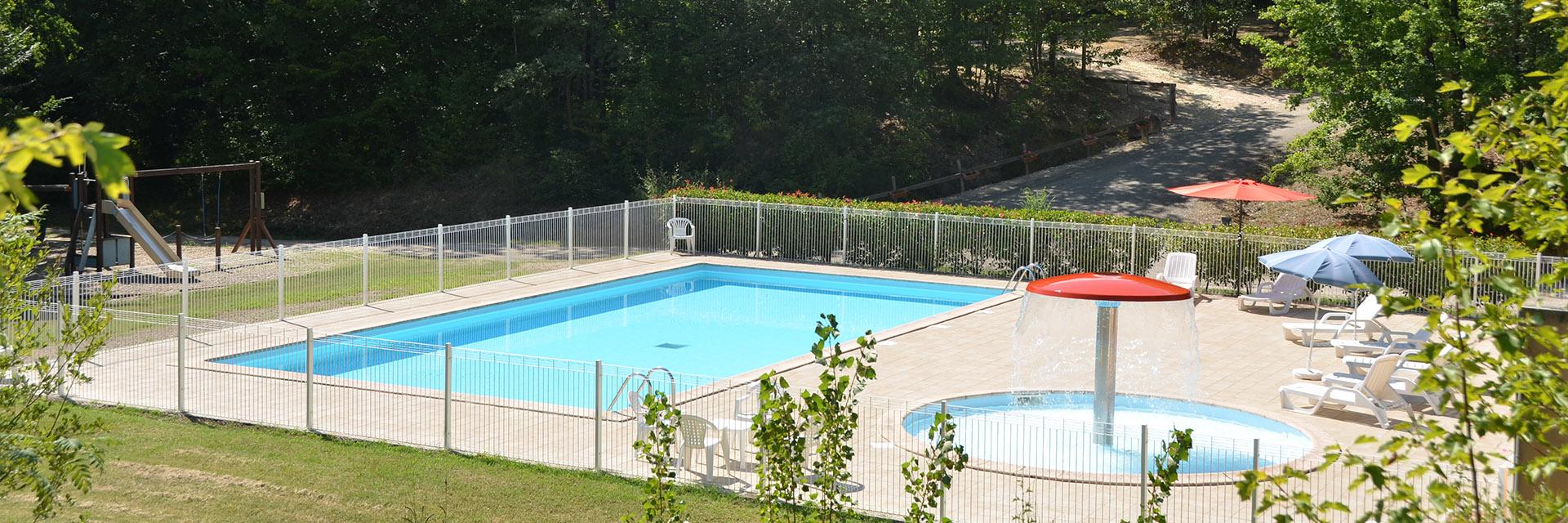 Village_club_vacances_gers-et-aquitaine-le-hameau-des-etoiles-piscine