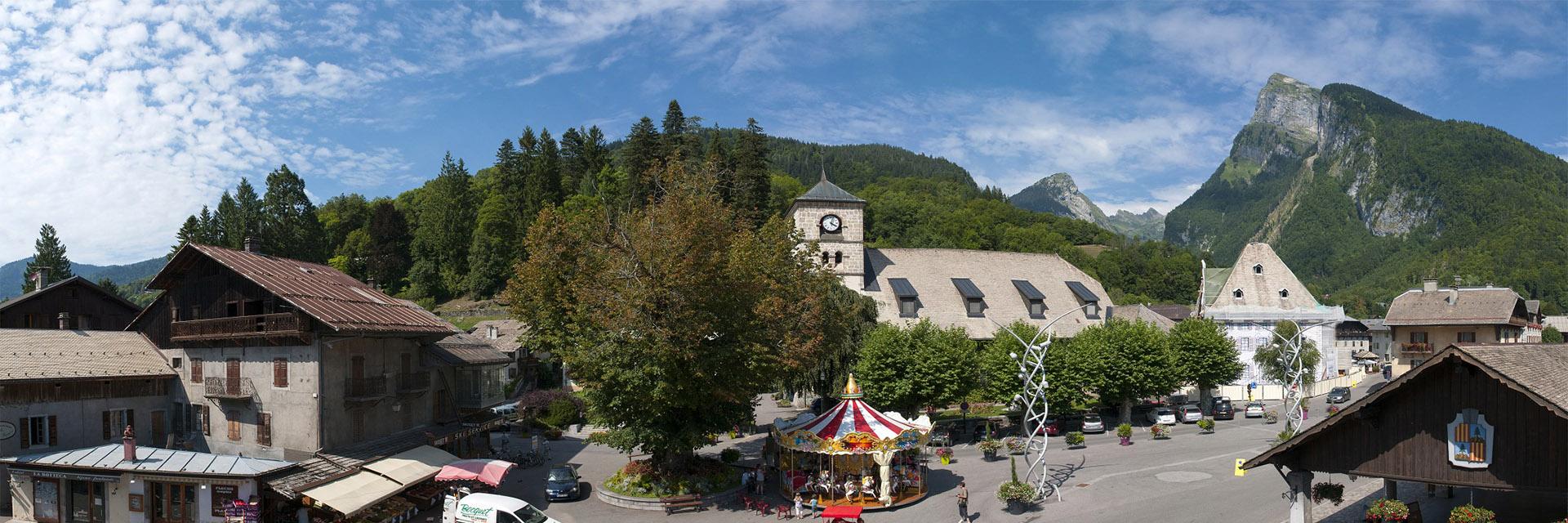 Village_club_vacances_haute-savoie_Berouze-famille-nature-foret-samoens-ete