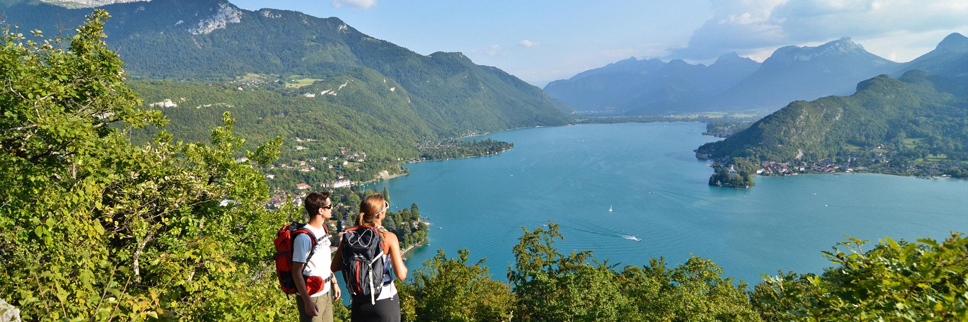 Village_club_vacances_haute-savoie_balcons-du-lac-d-annecy-lac-Annecy-rando