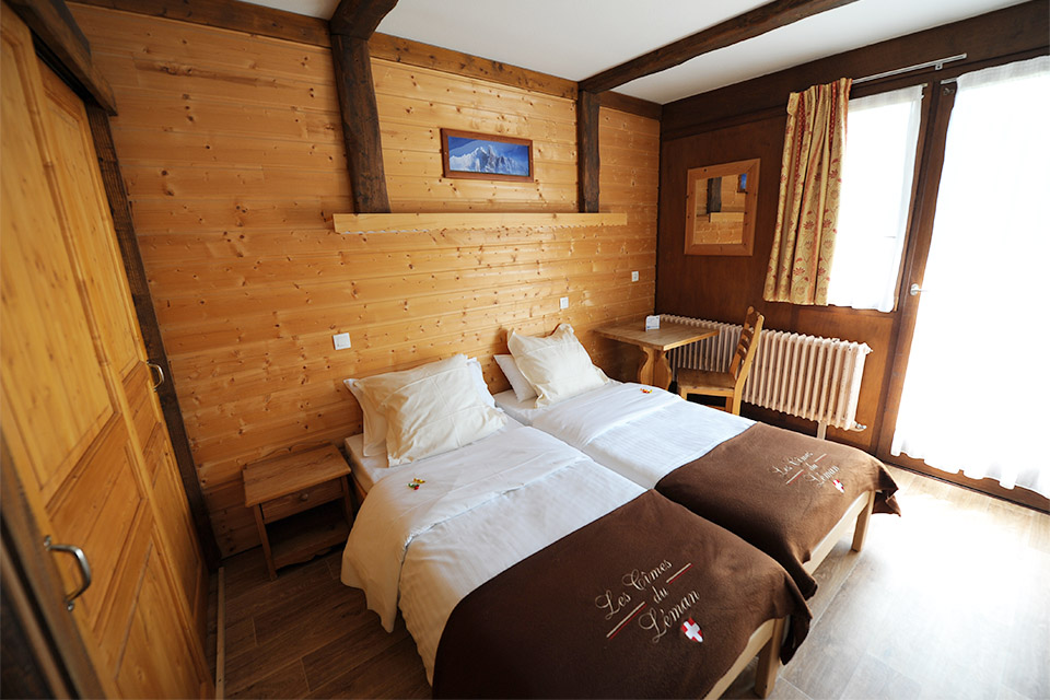 Village_club_vacances_haute-savoie_leman-chambre-hebergement-lit