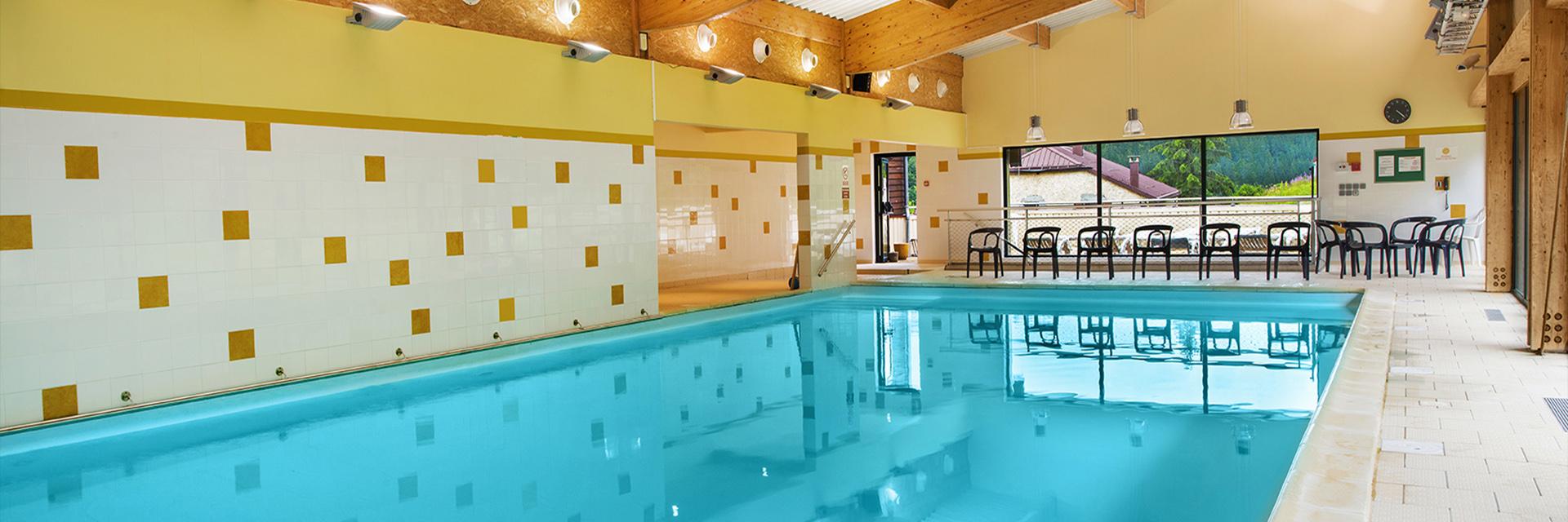 Village_club_vacances_jure-neige-et-plein-air-piscine