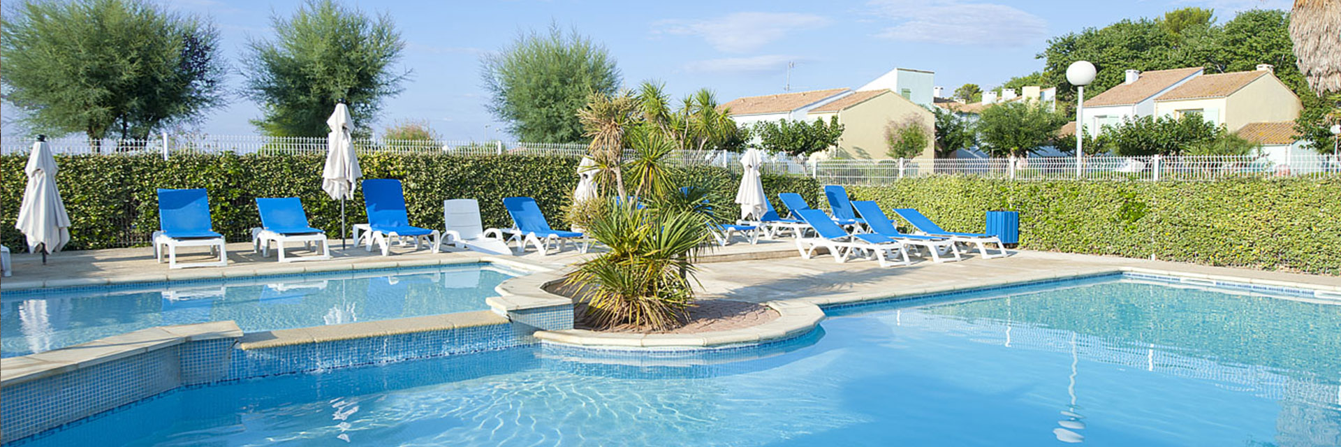 Village_club_vacances_mediterranee-sud-est-village-club-thalasse-piscine