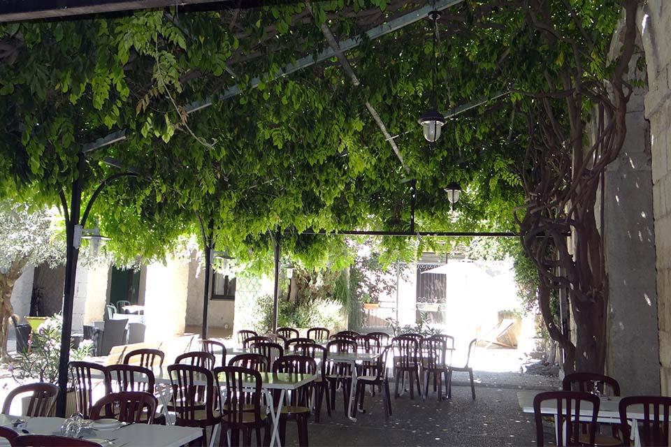 Village_club_vacances_provence-cloitre-des-dominicains-_restauration
