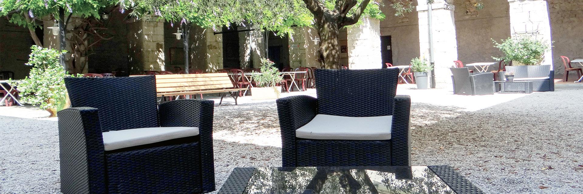Village_club_vacances_provence-cloitre-des-dominicains-le-cloitre