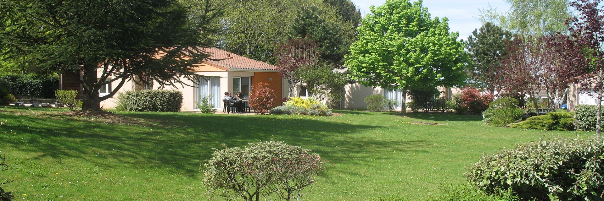 Village_club_vacances_provence-et-vercors-le-souffle-vert-vue-village