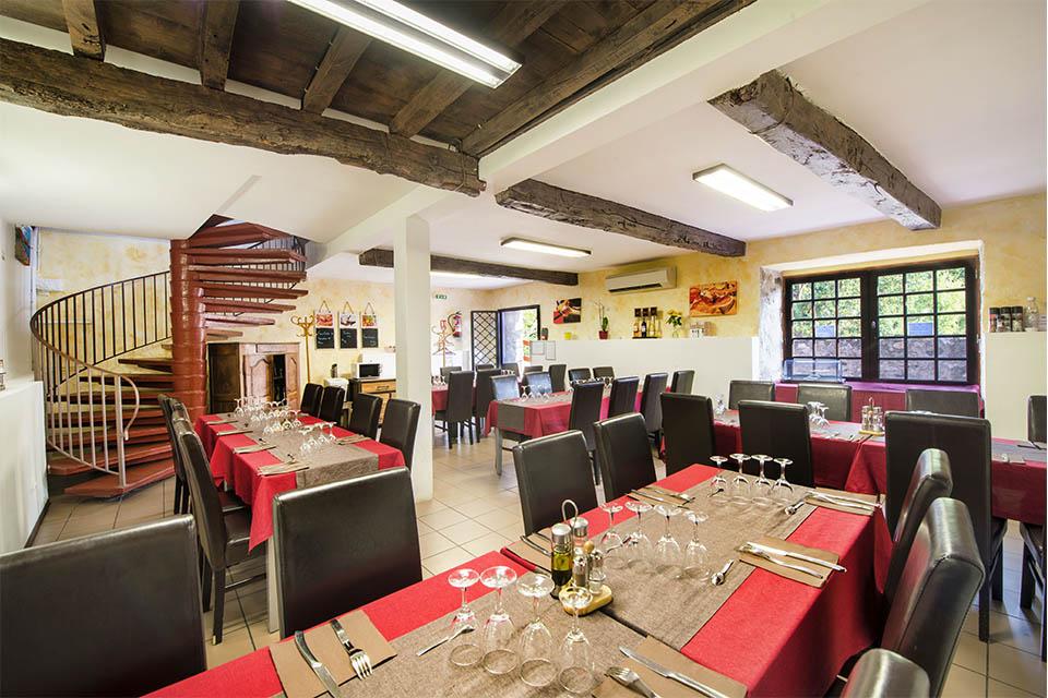 Village_club_vacances_pyrénées-moulin-de-sournia-restaurant