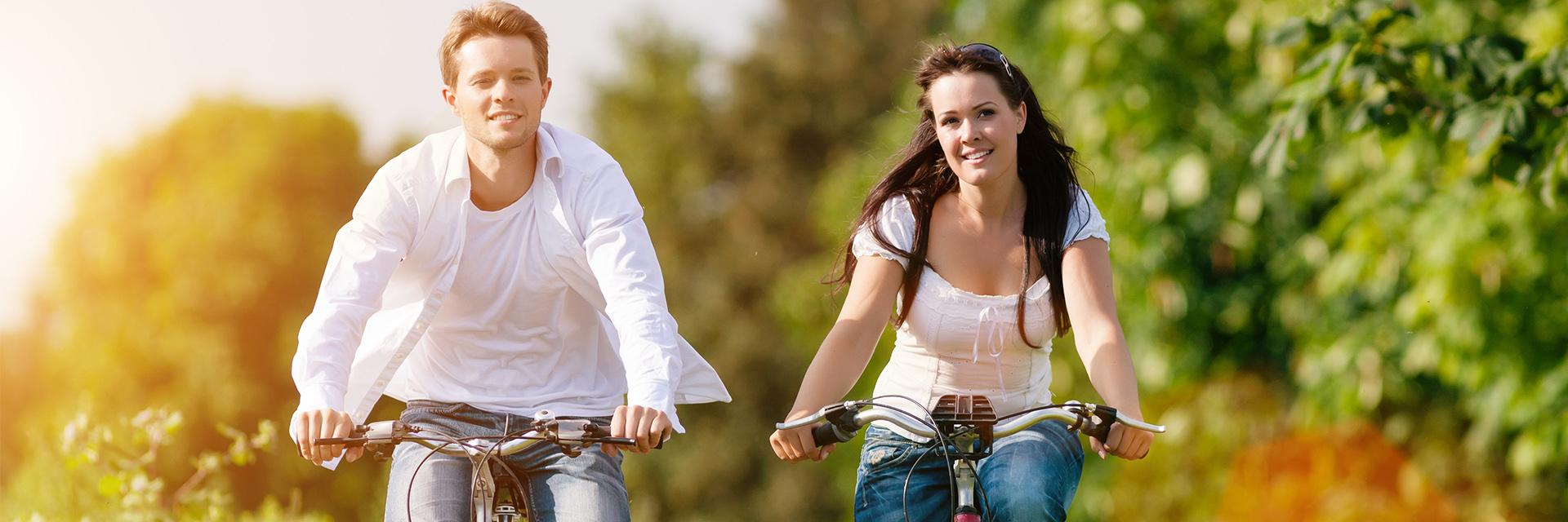 Village_club_vacances_pyrenees-les-lambrilles-velo-couple