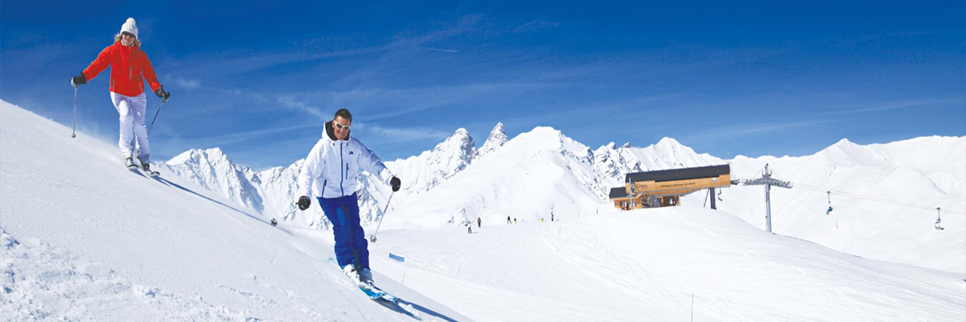 Village_club_vacances_savoi-vanoise-la-pulka-ski-montagne
