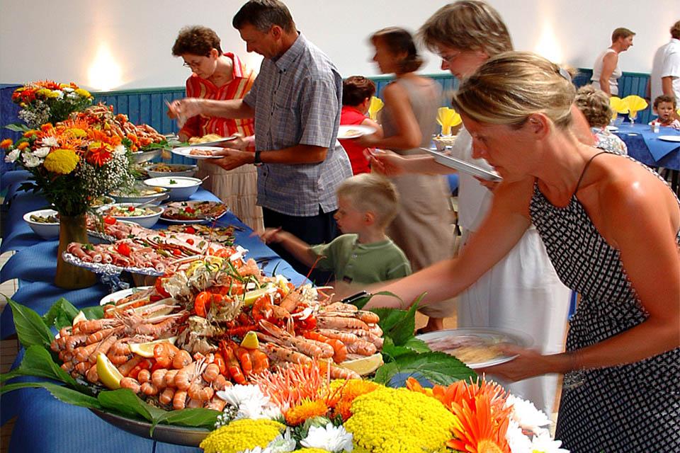 Village_club_vacances_vendee-village-océane-buffet