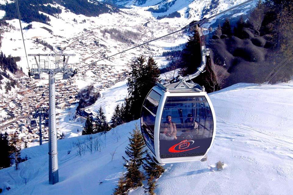 group-village-vacance-pyrene-montagne-teleski