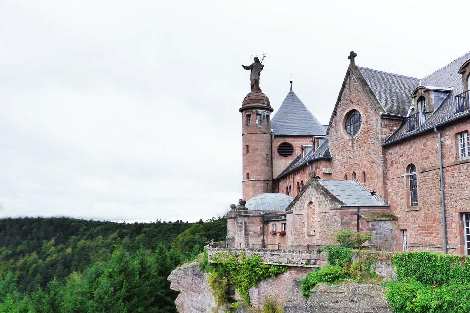 village-club-cap-france-vosqes-alsace-domaine-saint-jasques-mont-sainte-odile