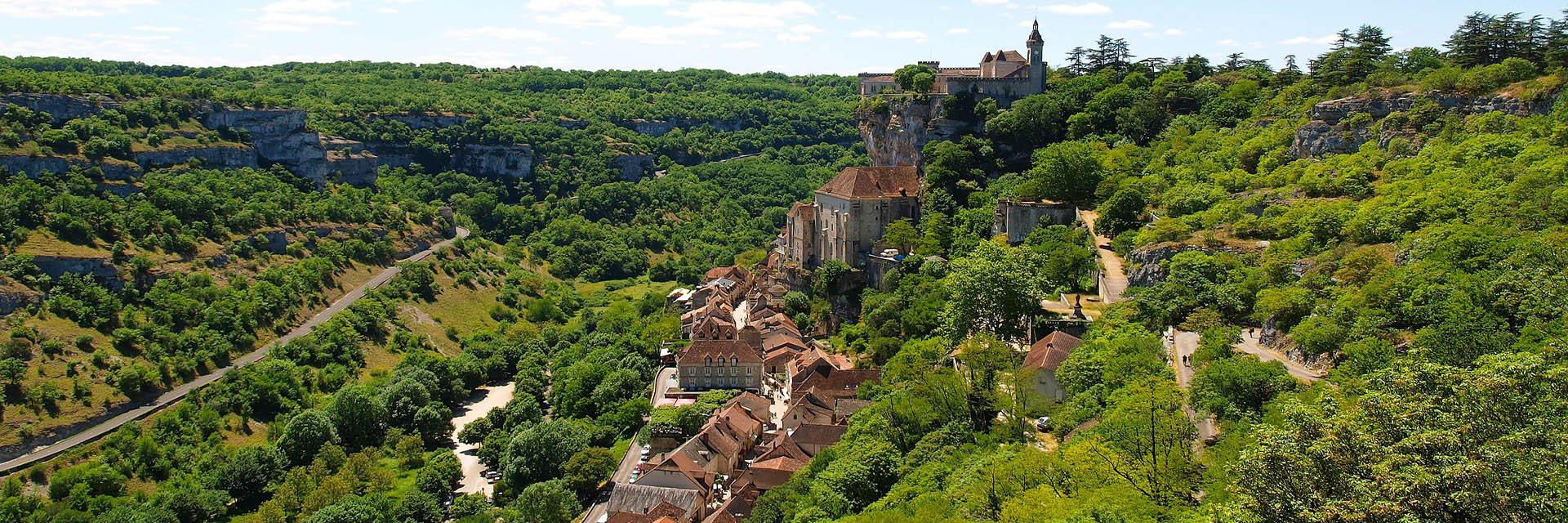 village-vacance-cap-france-pyrenee-domaine-du-surgié-nature-figeac-paysage