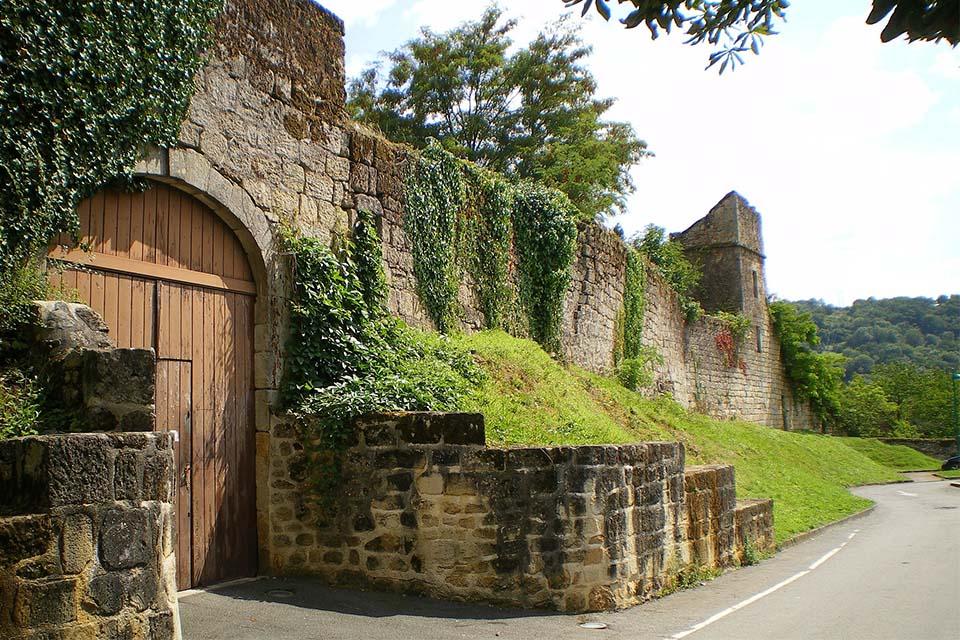 village-vacance-cap-france-pyrenee-domaine-du-surgié-ville-figeac