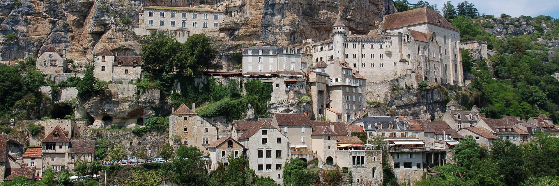 village-vacance-cap-france-pyrenee-domaine-du-surgié-ville-saint-cirq-lapopie