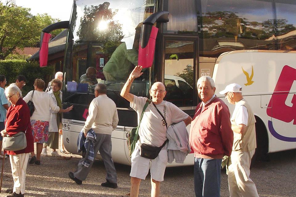 village-vacance-domaine-du-roc-nantais-groupe-bus