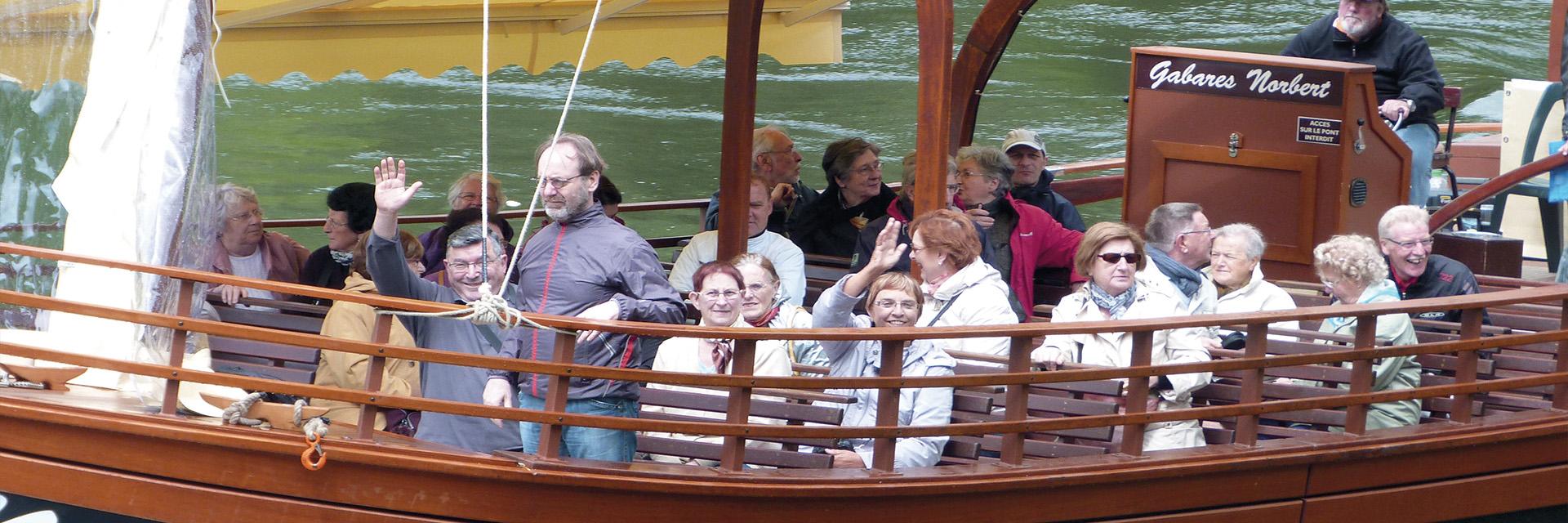 village-vacance-domaine-du-surgie-bateau