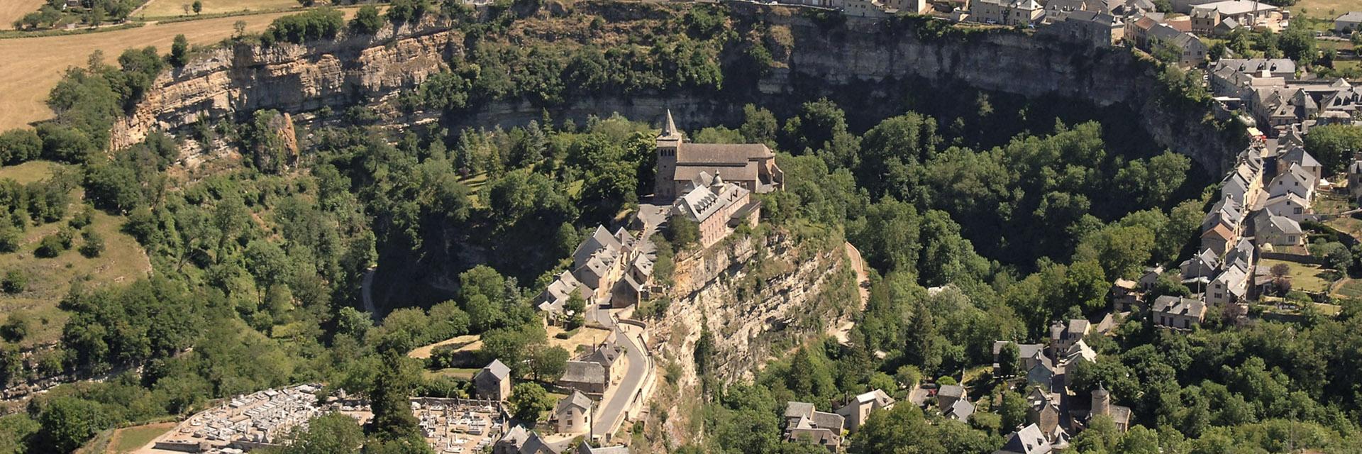 village-vacance-l-oustal-pont-les-bains-canyon-de-bozouls