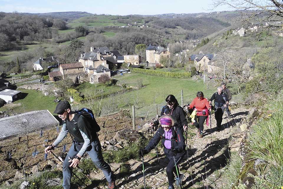 village-vacance-l-oustal-pont-les-bains-rando-marche-nordique