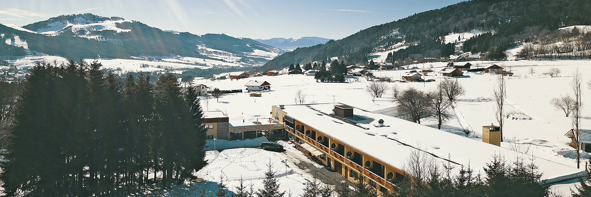 village-vacance-les-cimes-leman-montagne-paysage-residence