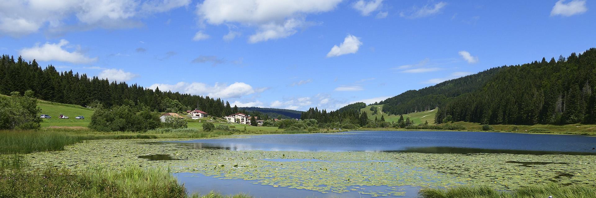 village-vacance-neige-et-plein-air-lac-lamoura