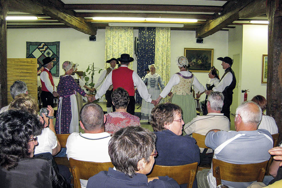 village-vacance-relais-saint-bernard-groupe-annimation