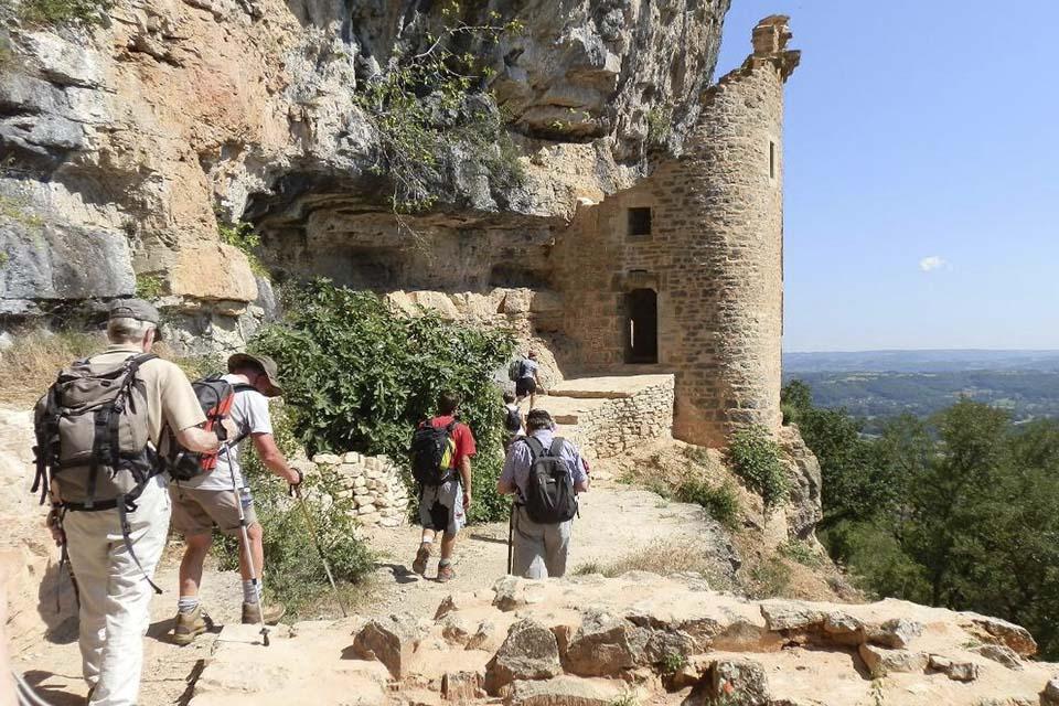 village-vacance-terrou-chateau-rando