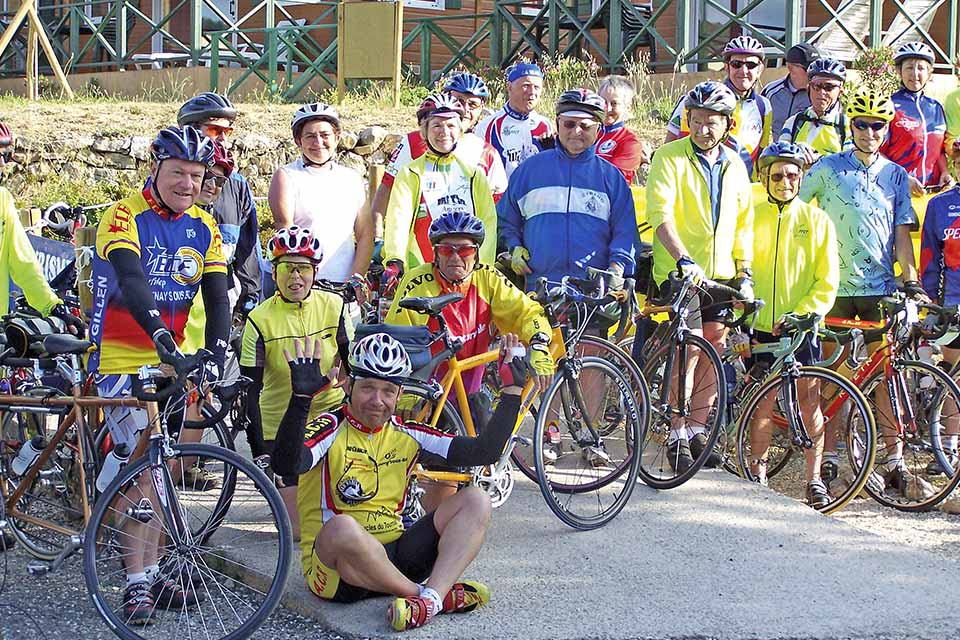 village-vacance-torre-del-far-groupe-cyclotouristes