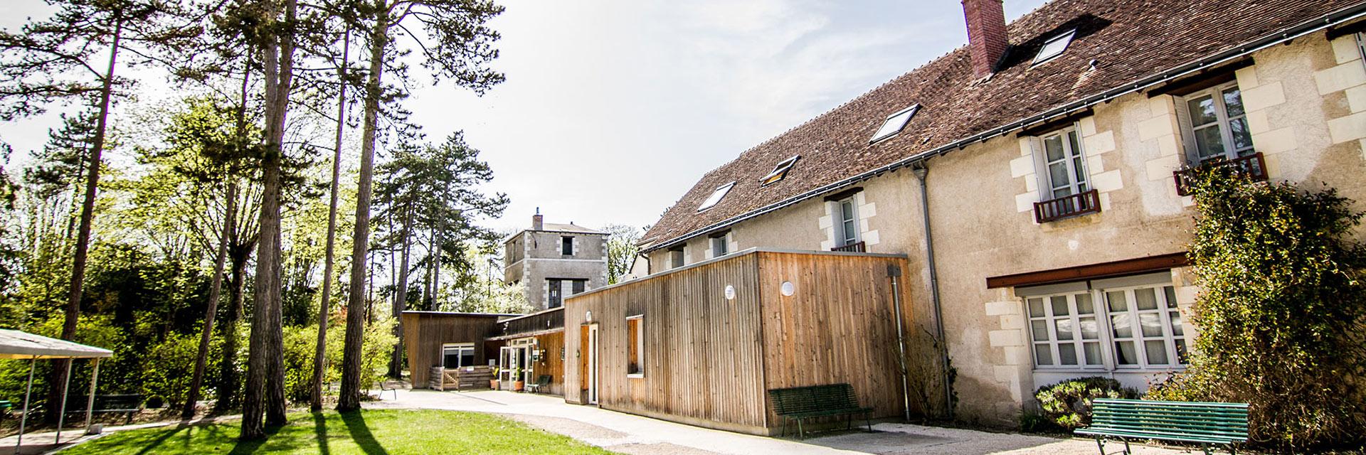 village-vacances-la-saulaie-cap-france-vue-exterieure