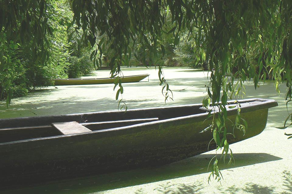 village-vacances-les-buissonnets-barque