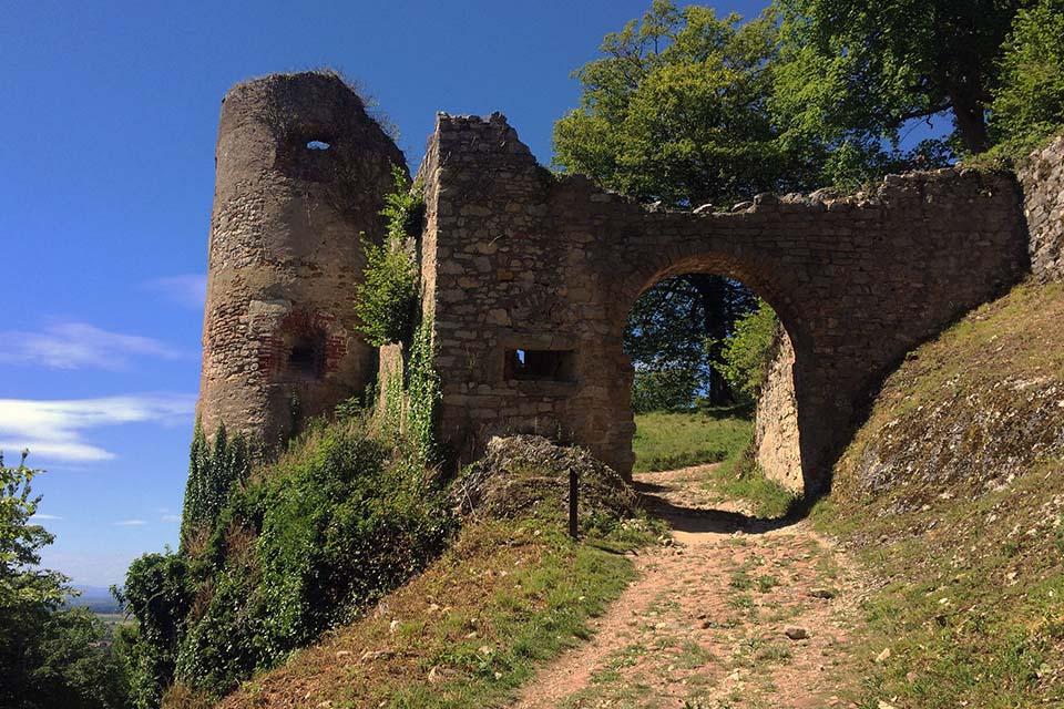 village-vacance-relais-saint-bernard-chateau-de-ferrette