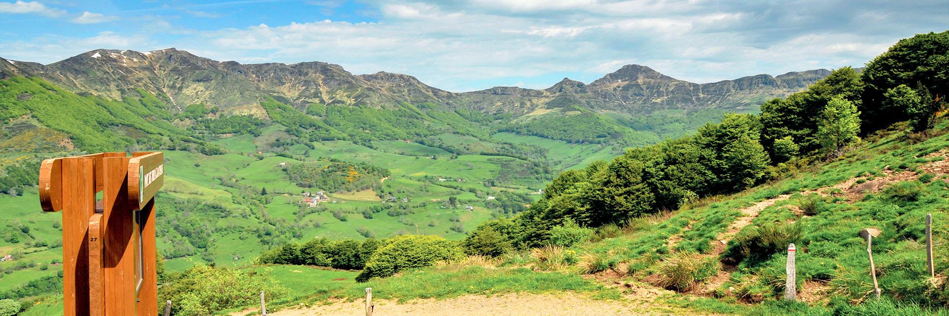 Aveyron, Cantal et Ardèche : nos offres de séjours en groupe
