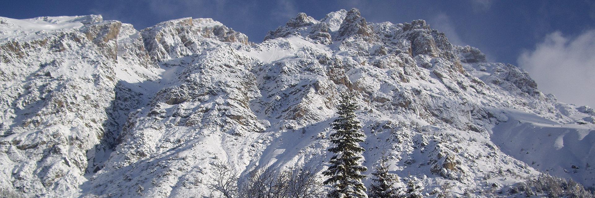 village-vacances-rechastel-slider-montagne-neige