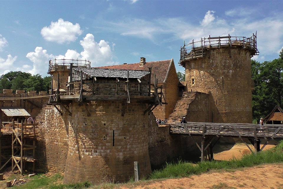 Le chantier médiéval du Château de Guédelon