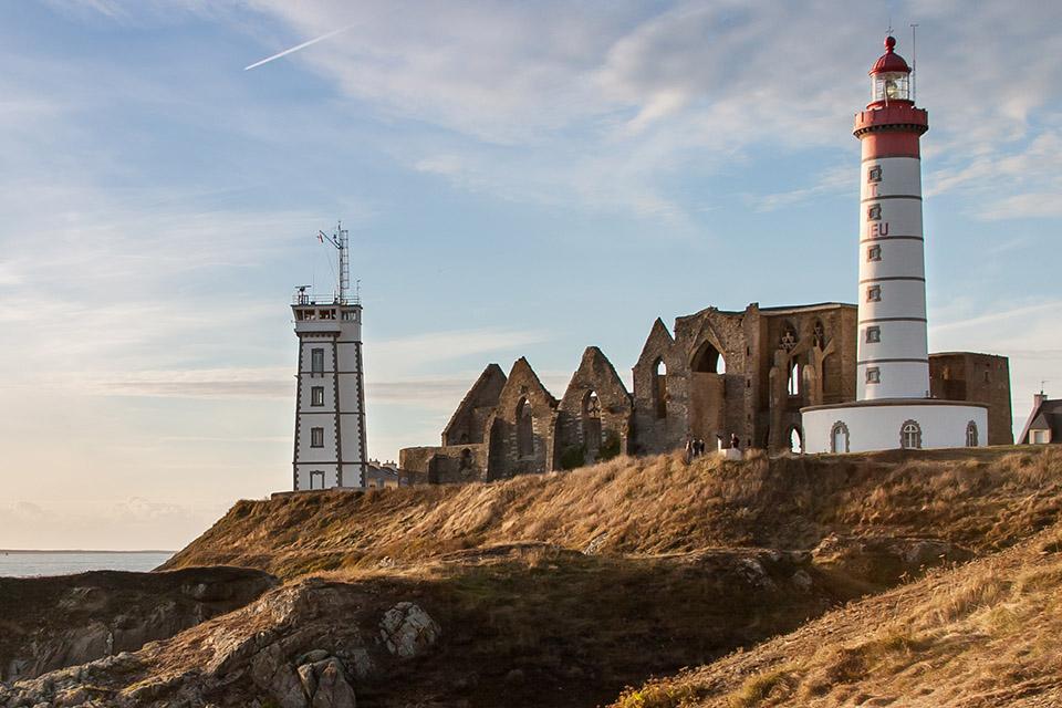 Le phare de la pointe Saint-Mathieu