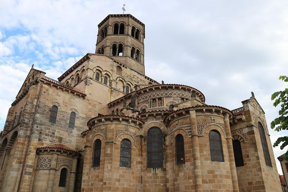 L'abbatiale Saint-Austremoine, à Issoire