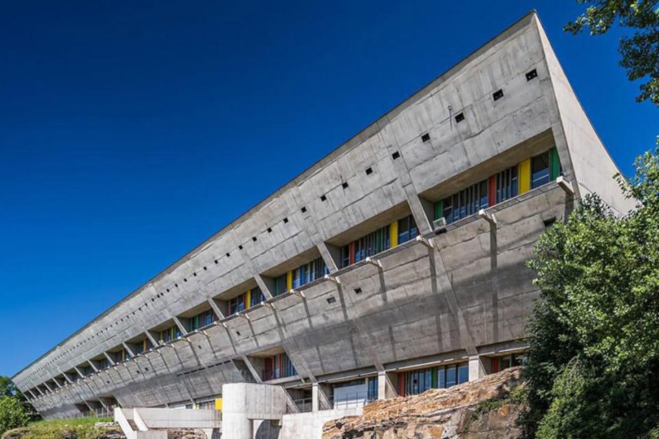 La Maison de la Culture de Firminy, par Le Corbusier