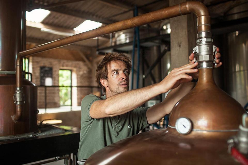 La distillerie de Hautefeuille, en Picardie