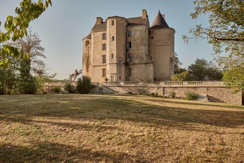 Le château de Buzet