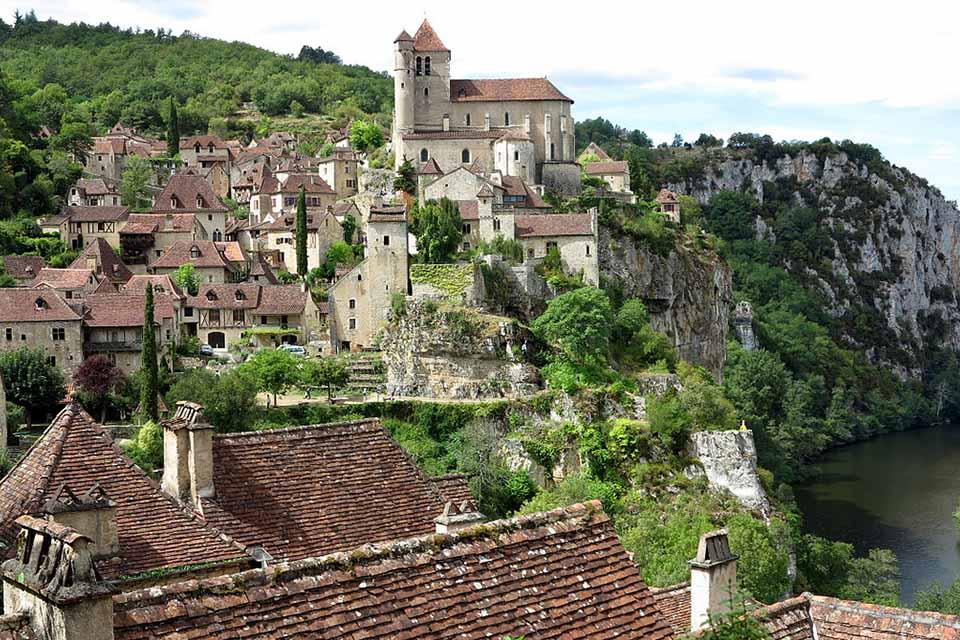 Saint-Cirq-La-Popie Cap France